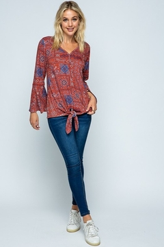 Twenty Second Causal Knit Paisley Top - Alternate List Image