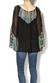 2Tee Couture Presley Retro Top - Back cropped