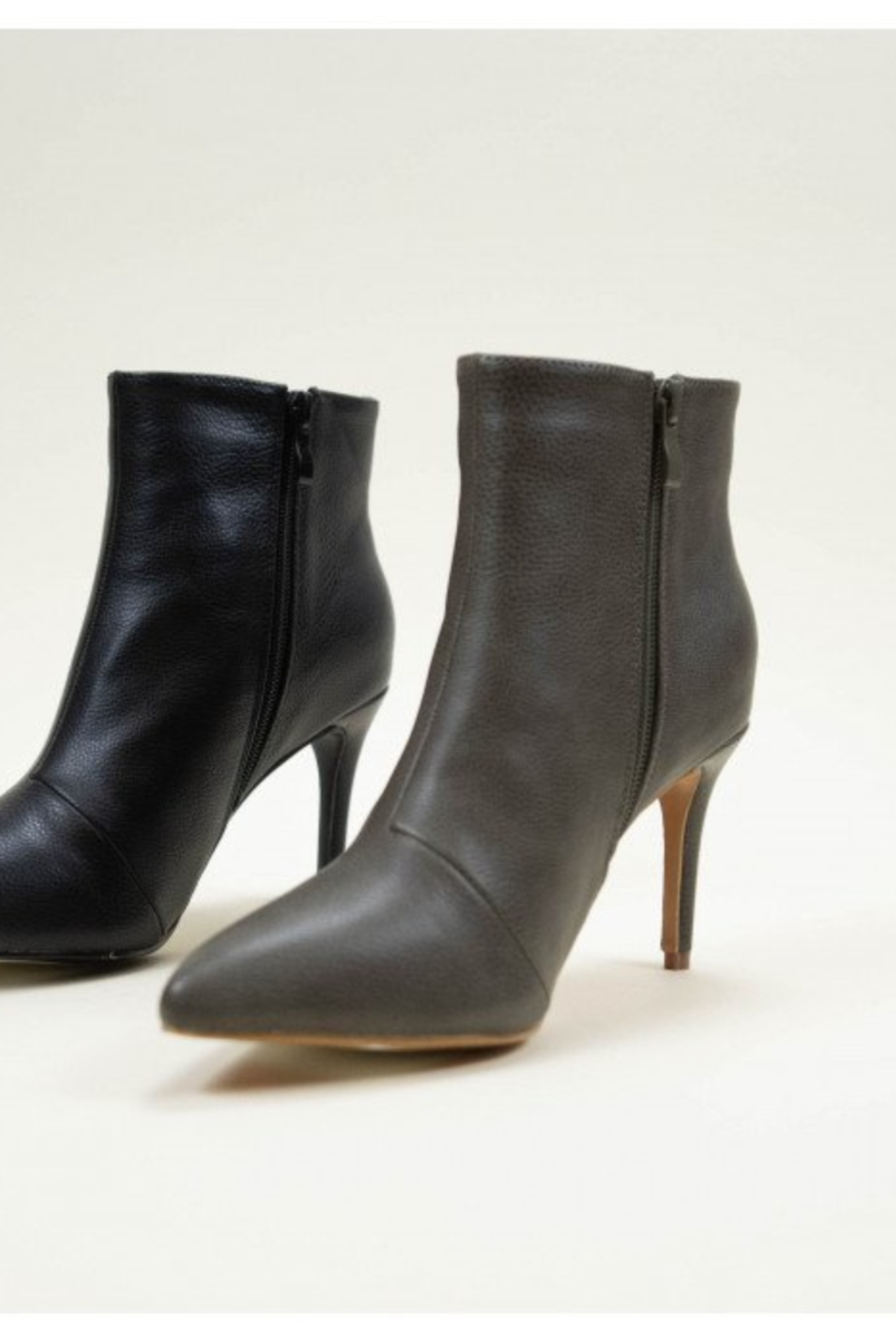 Ccocci - Collett - Black Bootie with Heel - Side Cropped Image