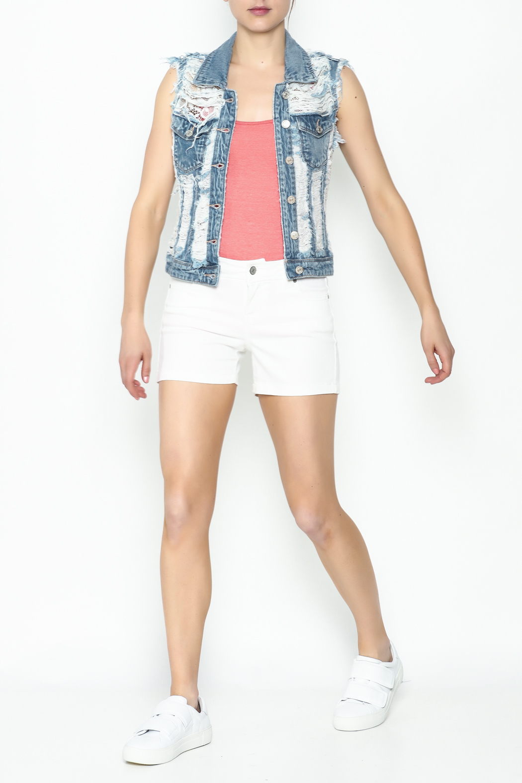 Celeb Couture Mid Rise Shorts - Side Cropped Image