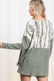 Mint Cloud Boutique Colorblock Casual Boxy Tunic Top - Side cropped