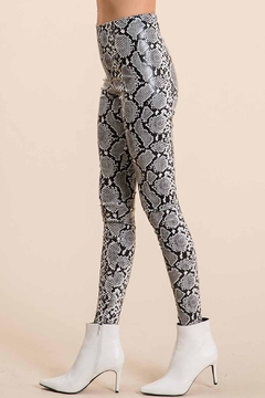 Ces Femme Snake Liquid Leggings - Alternate List Image
