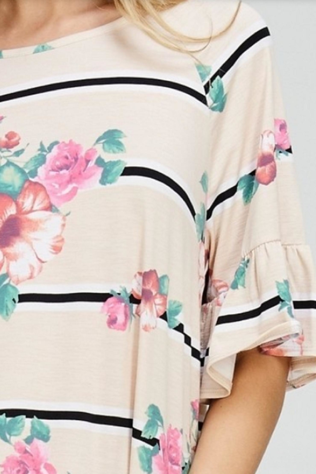 Cezanne Ruffle Floral Top - Back Cropped Image