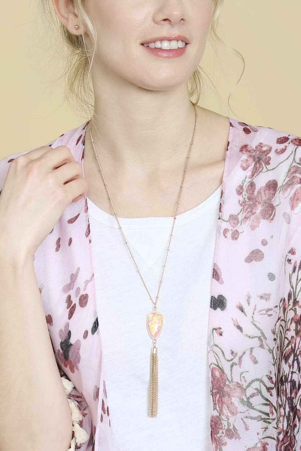 Riah Fashion Chain-Tassel-Necklace And Stud-Earrings-Set - Back Cropped Image