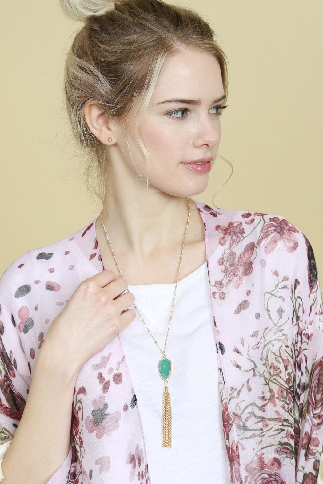 Riah Fashion Chain-Tassel-Necklace And Stud-Earrings-Set - Side Cropped Image