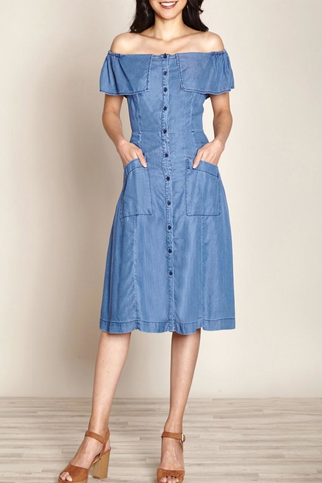Yumi Chambray Jean Dress - Front Cropped Image
