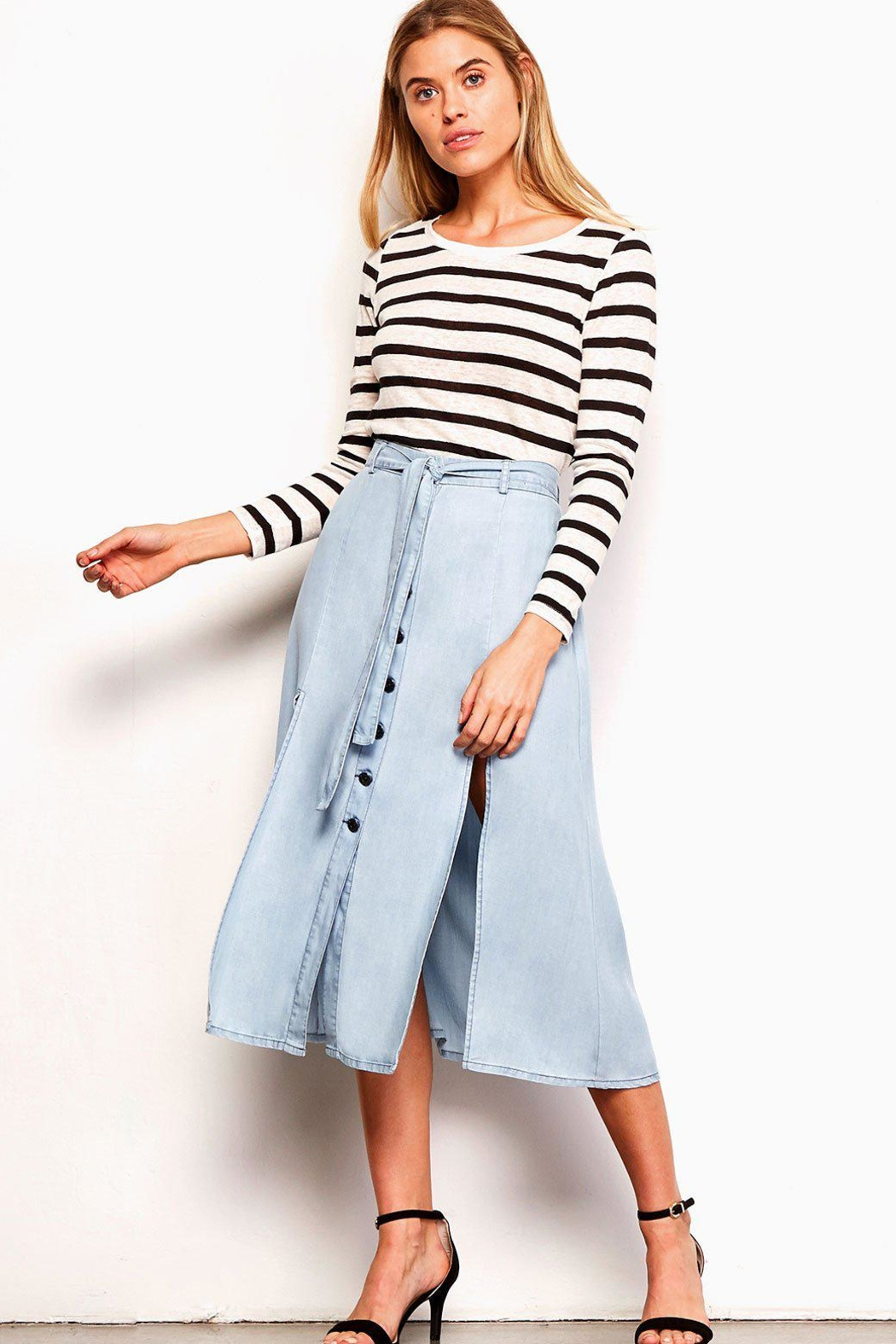 985ffc42d015 BB Dakota Chambray Midi Skirt from Wallingford by The Dressing Room ...