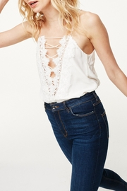 Cami NYC Charlie - Front full body