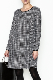 Charlie Paige Houndstooth Check Dress - Front cropped