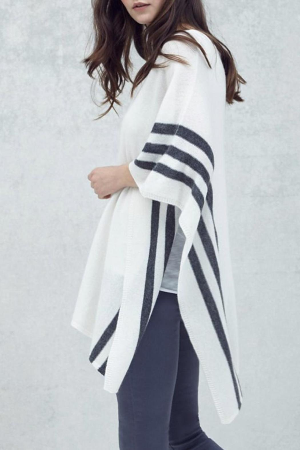 CHARLIE Rye Cashmere Poncho - Front Full Image