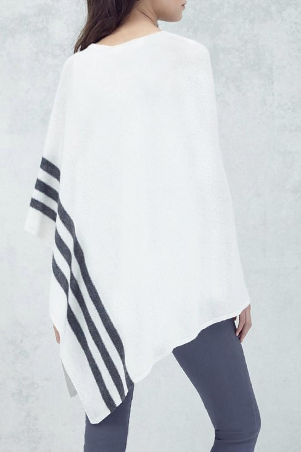 CHARLIE Rye Cashmere Poncho - Side Cropped Image