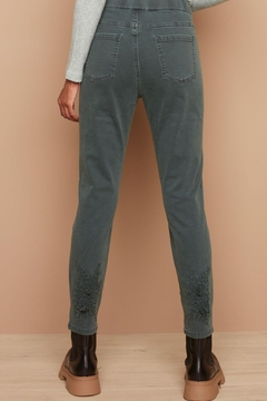Charlie B. Green Jeans With Applique - Alternate List Image