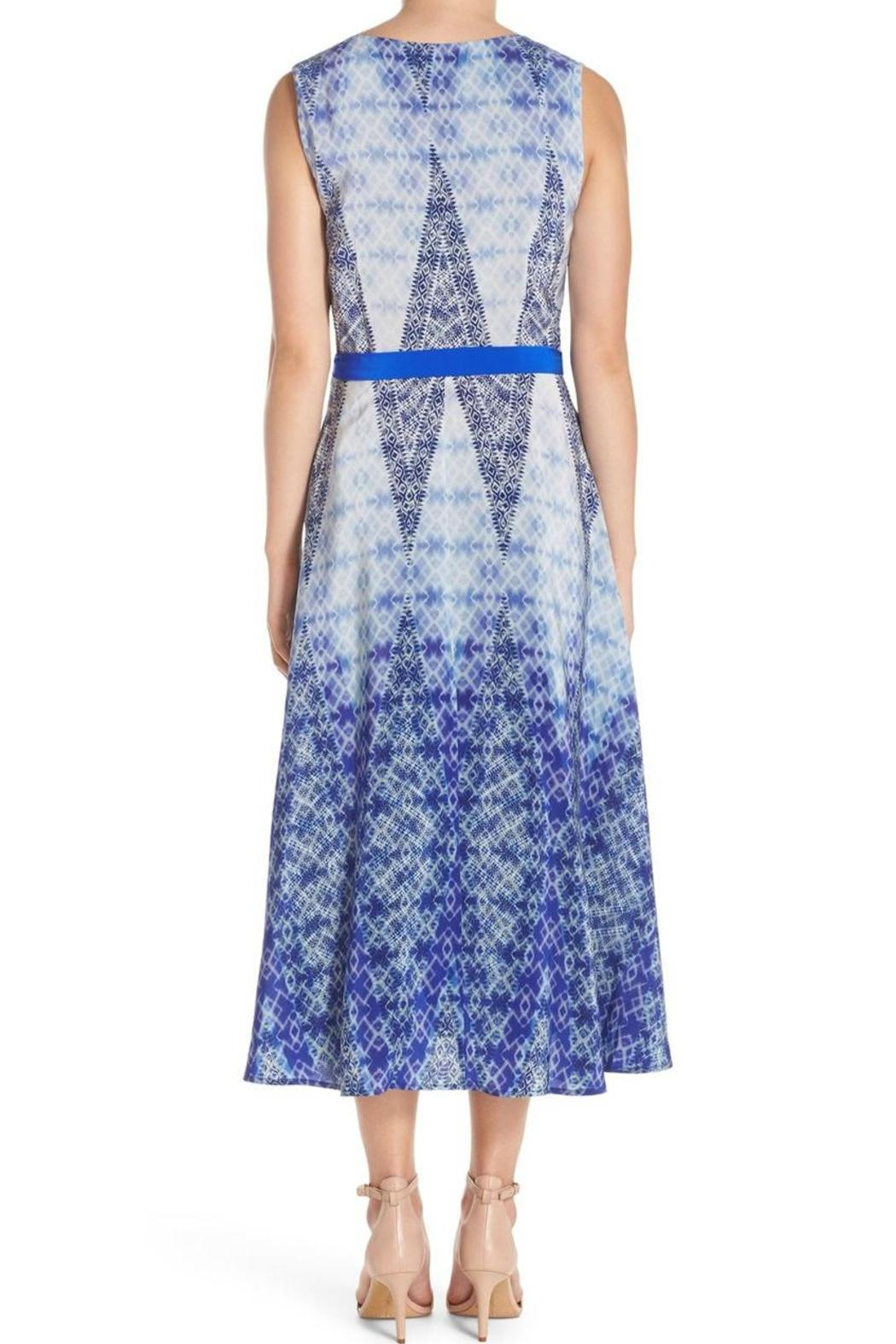 Charlie Jade Starla Midi Dress - Side Cropped Image