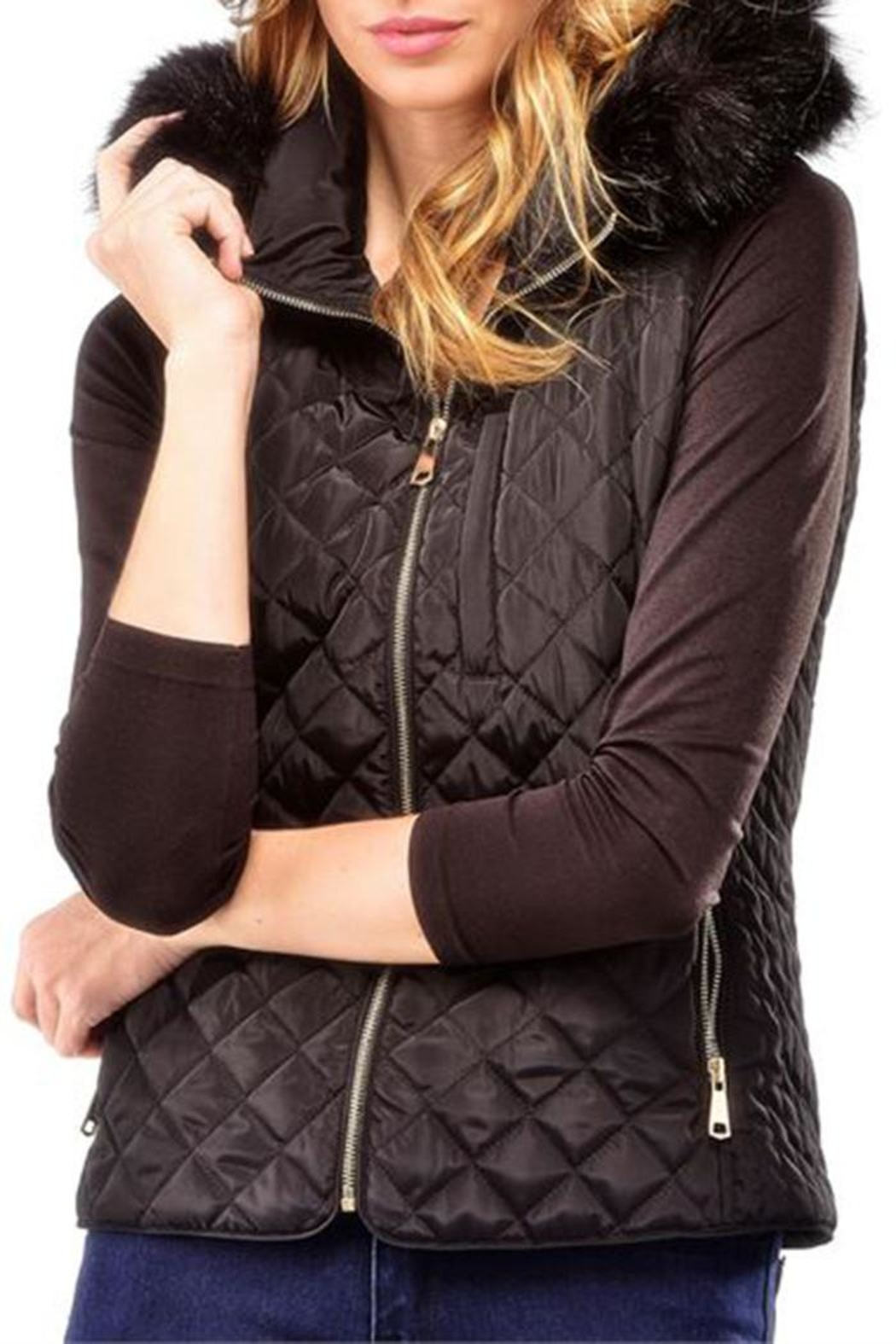 Charlie Paige Black Quilted Vest - Side Cropped Image
