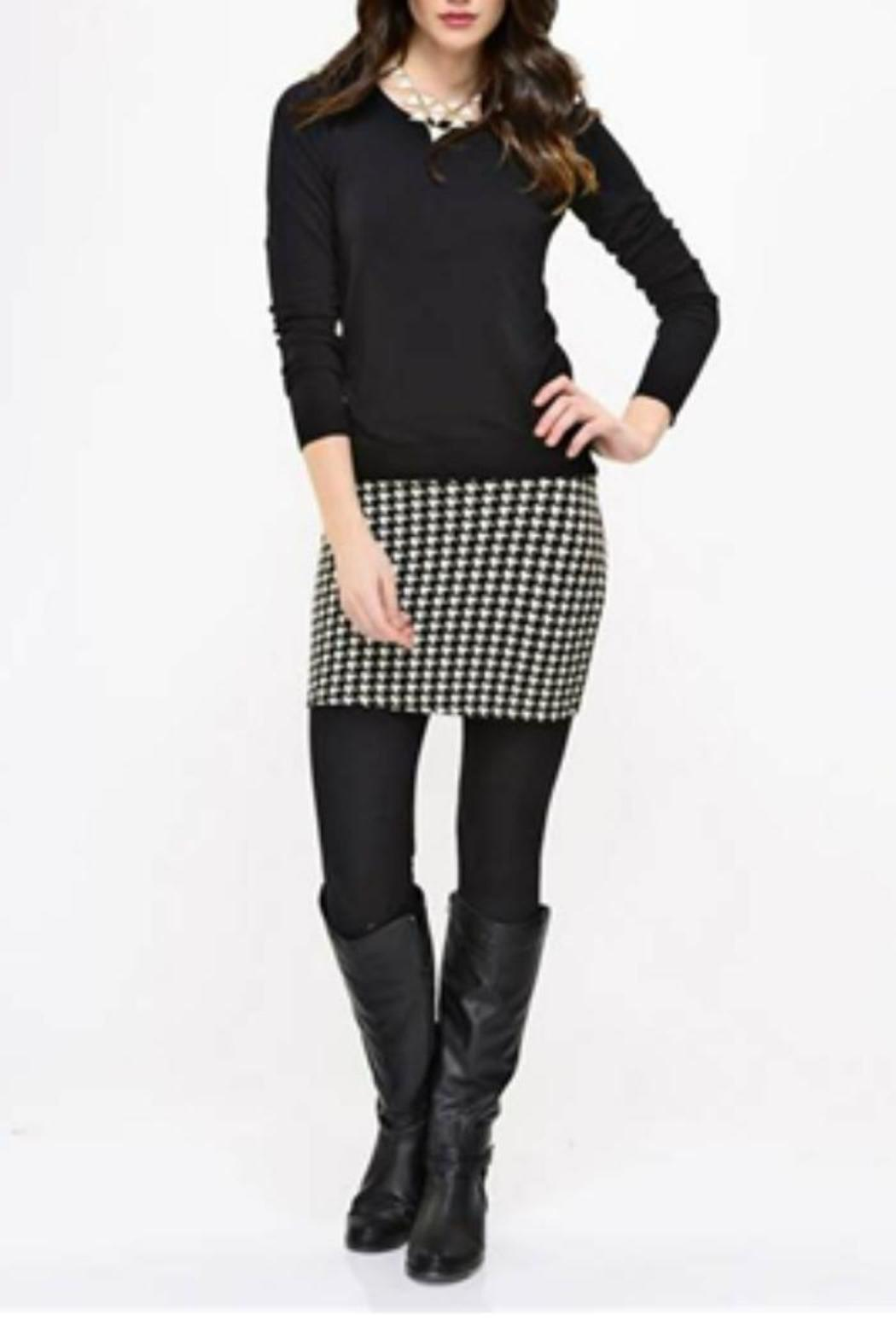 Charlie Paige Houndstooth Skirt Leggings From Minnesota By Ossell S Shoptiques