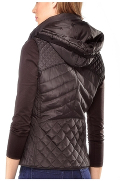 Charlie Paige Quilted Hooded Vest - Alternate List Image