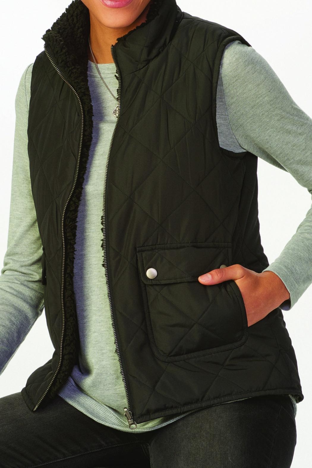 Charlie Paige Reversible Quilted Jacket - Front Cropped Image