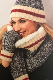 Charlie Paige Warm Winter Set - Front cropped
