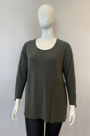 Sympli Charm Top - Front cropped