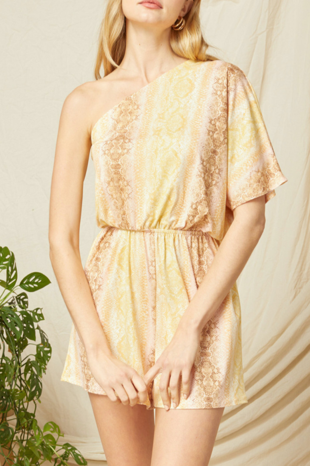 entro  Charming Style romper - Main Image