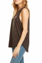 Chaser Bisous Top - Front full body