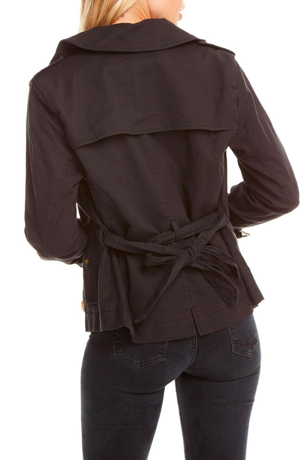 Chaser Canvas Short Trench - Back Cropped Image