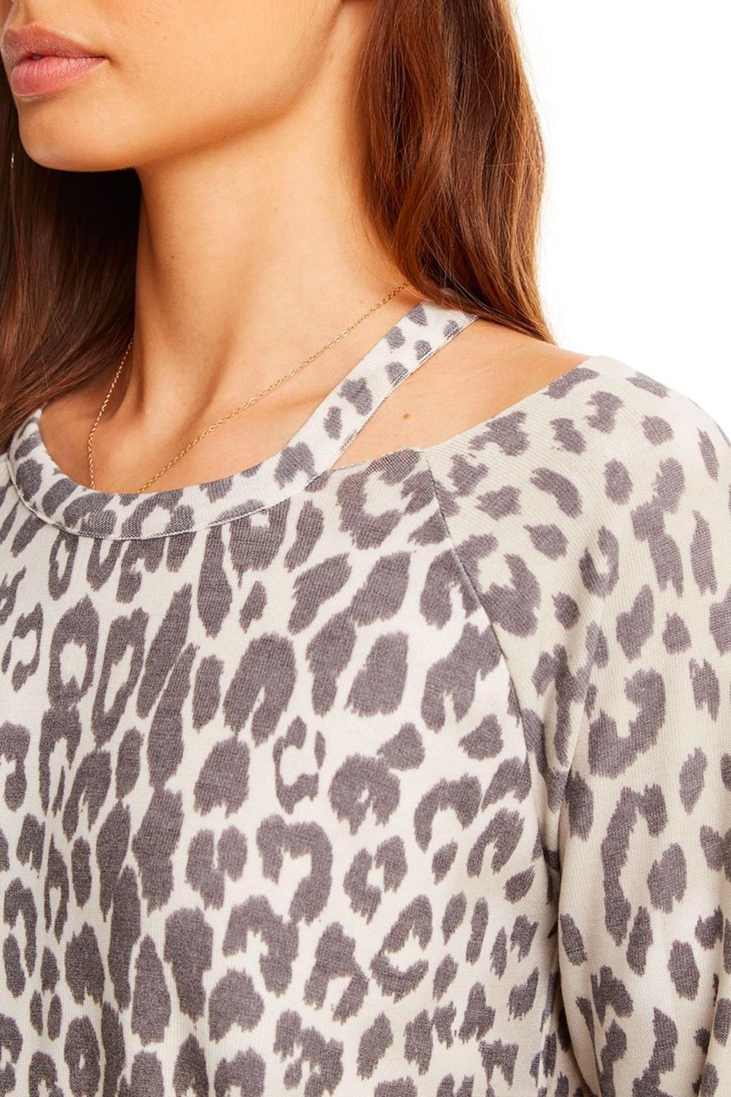 Chaser Cozy Raglan Pullover - Side Cropped Image