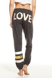 Chaser Love Bum - Side cropped