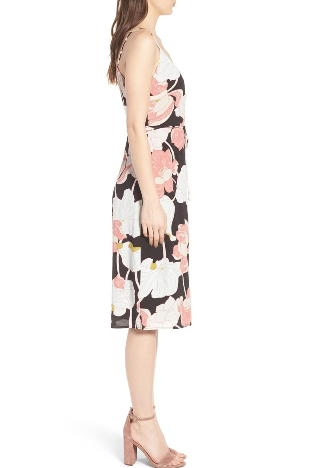 Cupcakes and Cashmere Chayenne Wrap Dress - Side Cropped Image