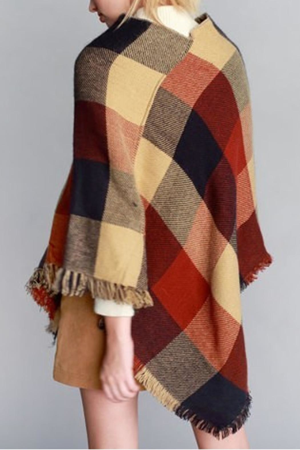 Justin & Taylor Checker Plaid Poncho - Back Cropped Image
