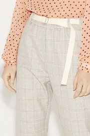 Munthe Checkered Pants - Side cropped
