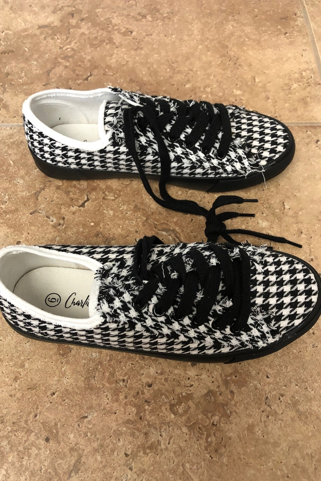 Giftcraft Inc.  Checkered Printed Sneakers - Front Cropped Image