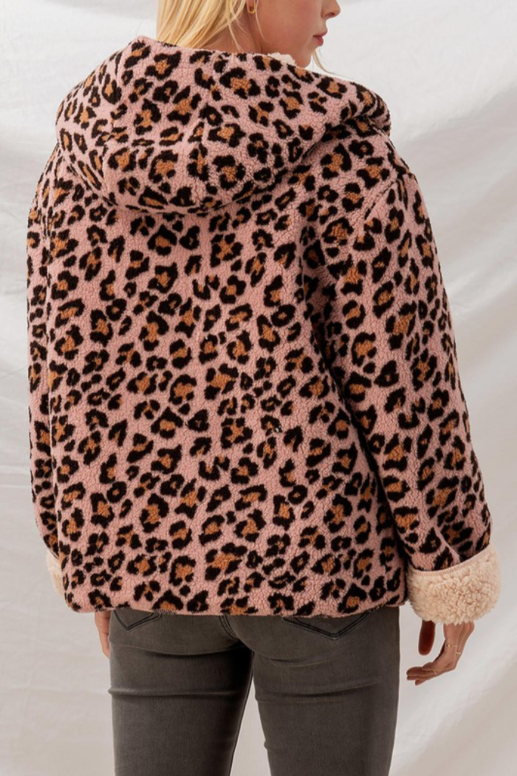 Trend Notes  Cheetah Sherpa Jacket - Back Cropped Image