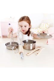 Hape  Chef's Cookoing Set - Front full body