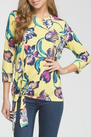 Cherish Arika Floral Top - Front cropped