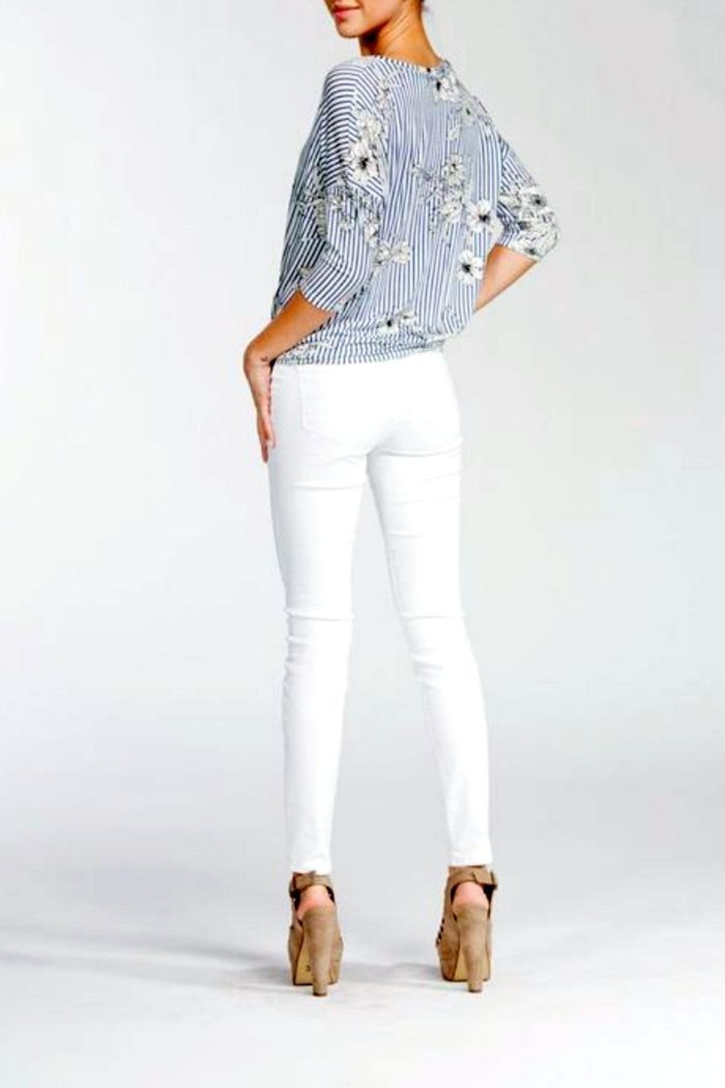Cherish Floral Knot Top - Back Cropped Image