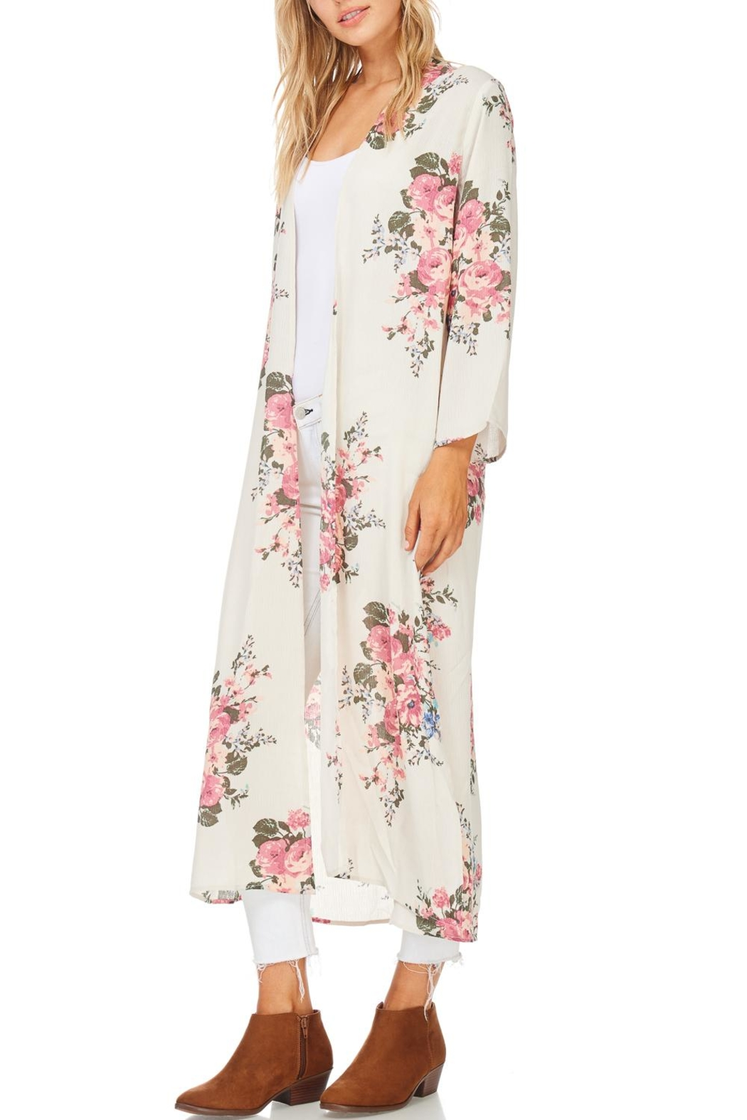 Cherish Long Floral Kimono - Front Cropped Image