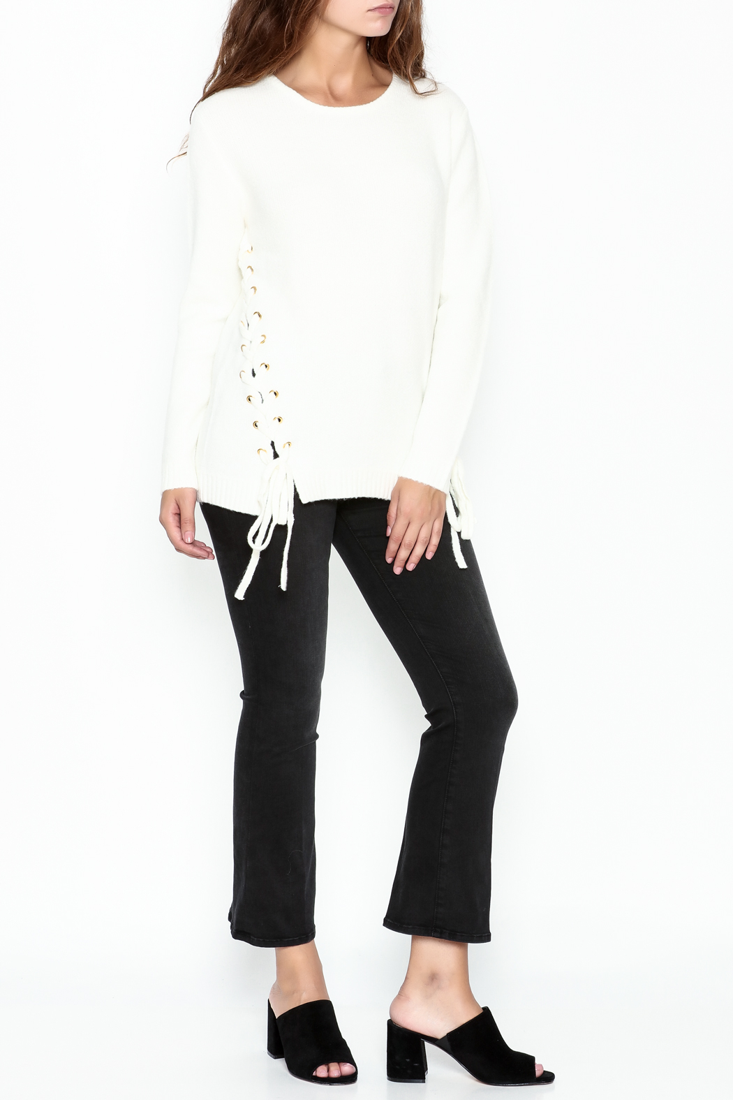 Cherish Thermal Side Tie Sweater - Side Cropped Image