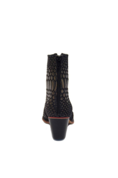 Artemis Collections Inc Cheyenne Short Leather Python style - Alternate List Image
