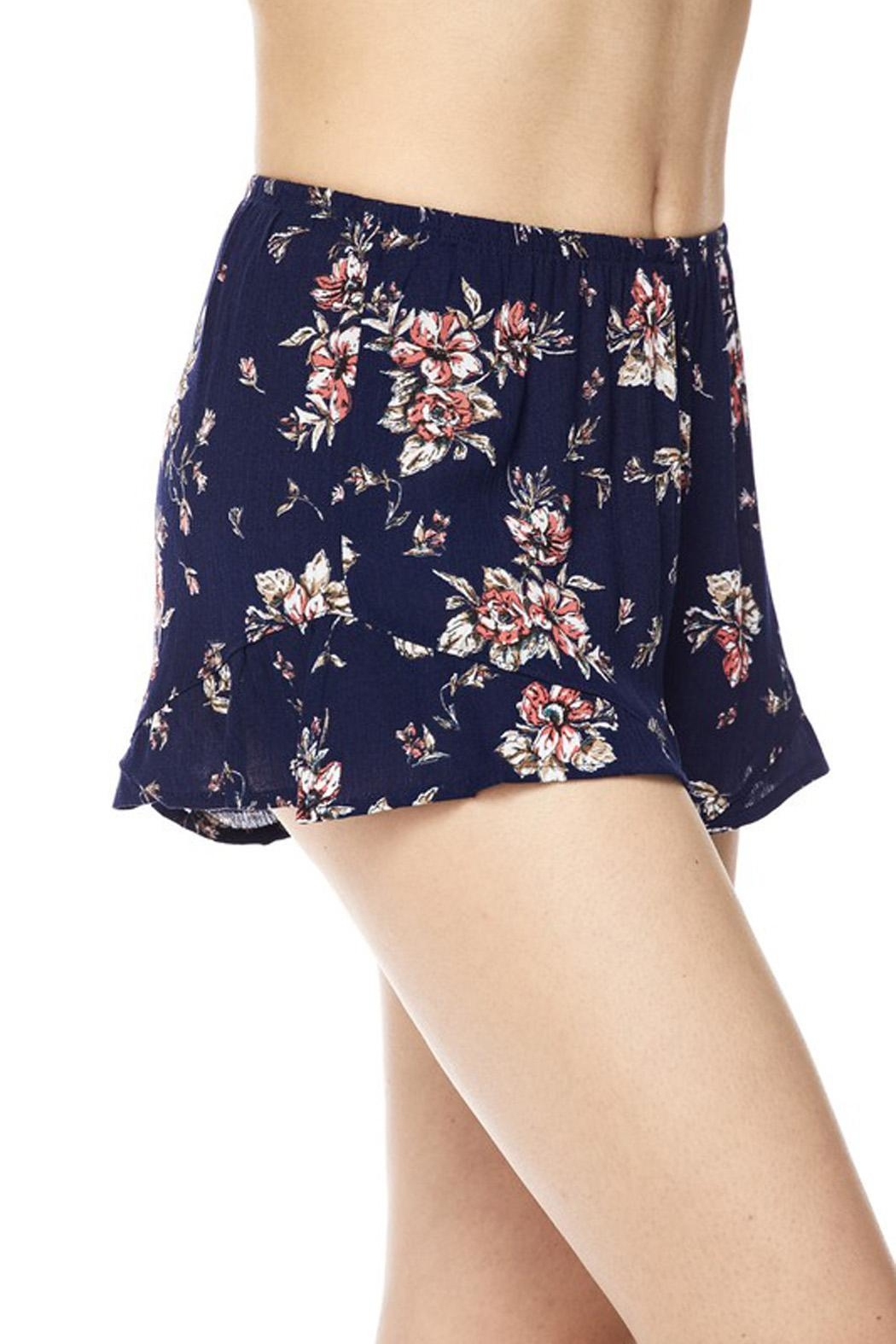 New Mix Chic Floral Short - Front Full Image