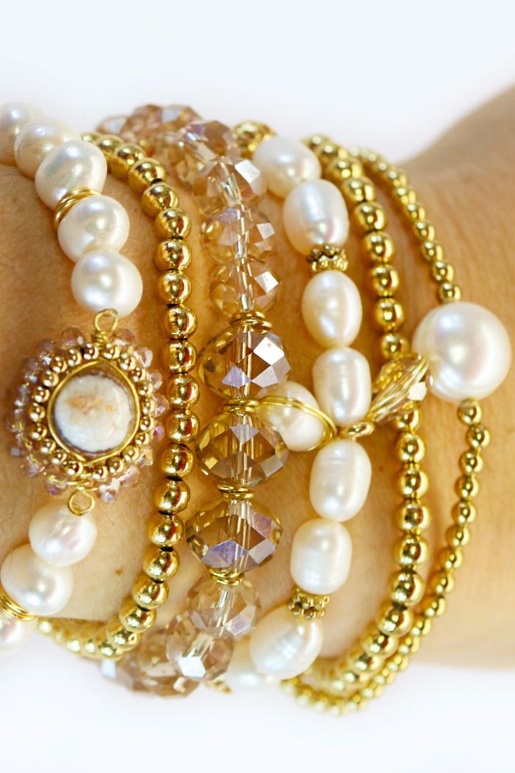 CHICKS MTY Pearl Bracelet Set - Main Image