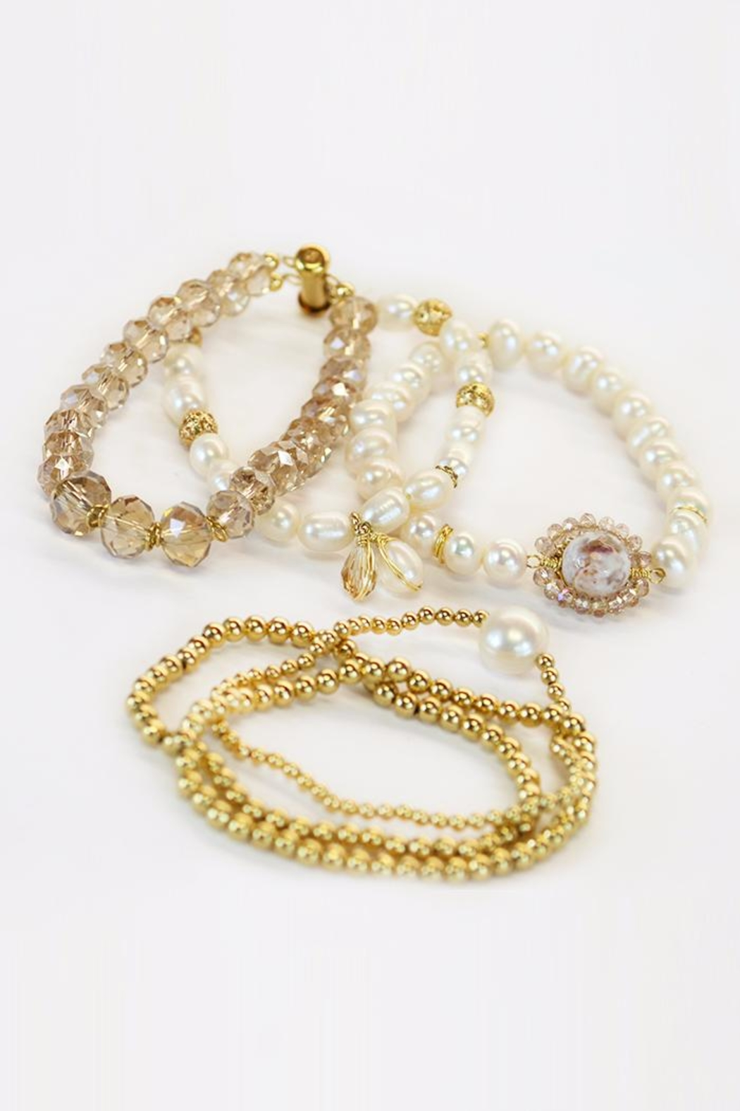 CHICKS MTY Pearl Bracelet Set - Front Full Image