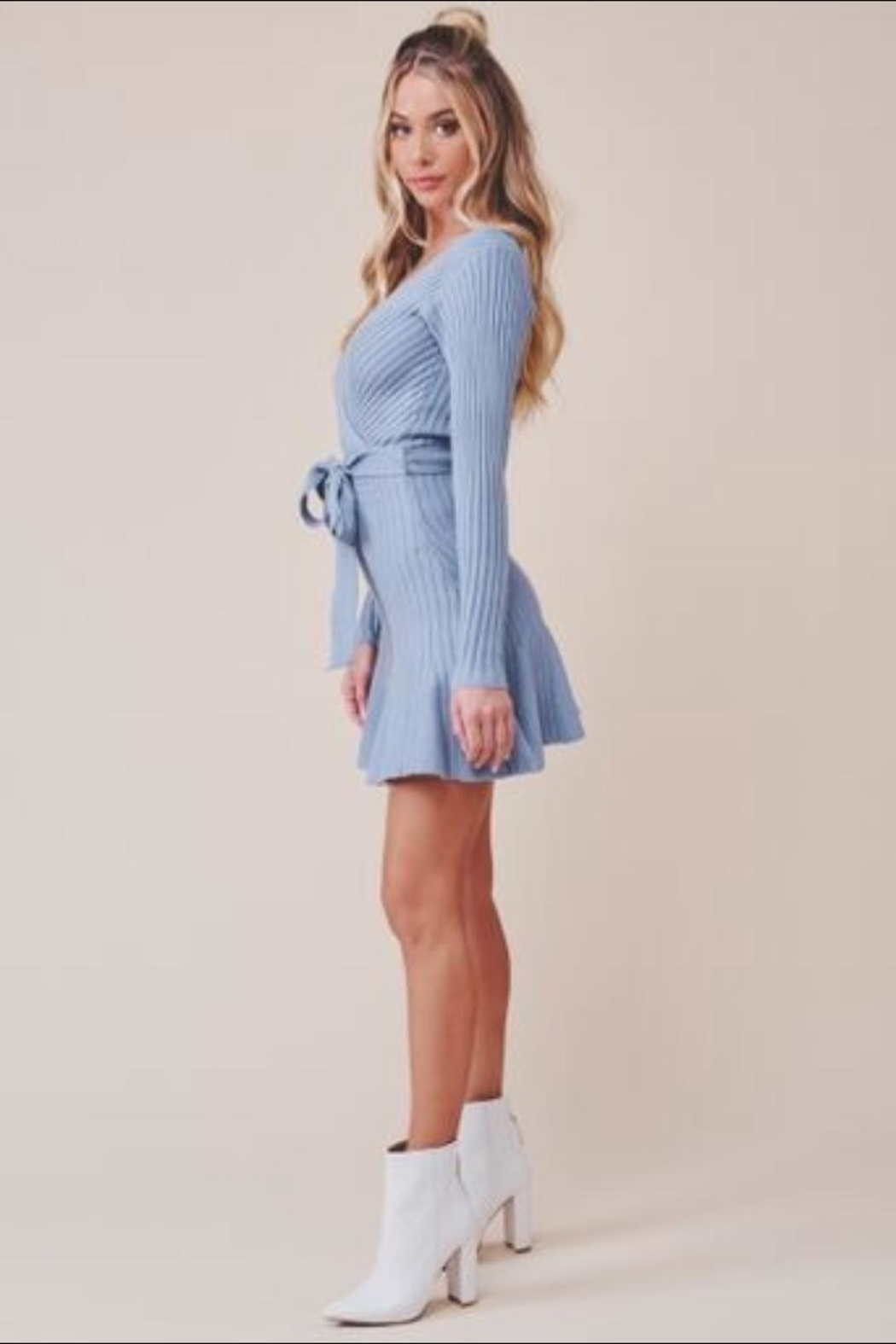 Chikas Blue Sweater Dress - Side Cropped Image