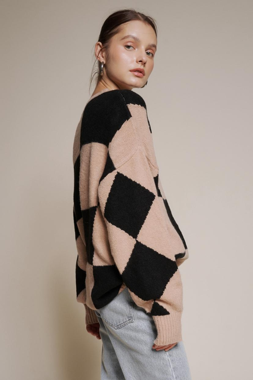 Chikas Checkered Sweater - Side Cropped Image