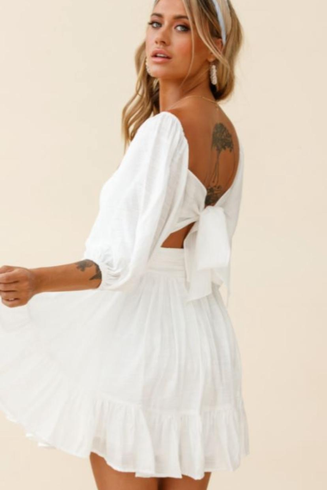 Chikas Tie Back Dress - Side Cropped Image