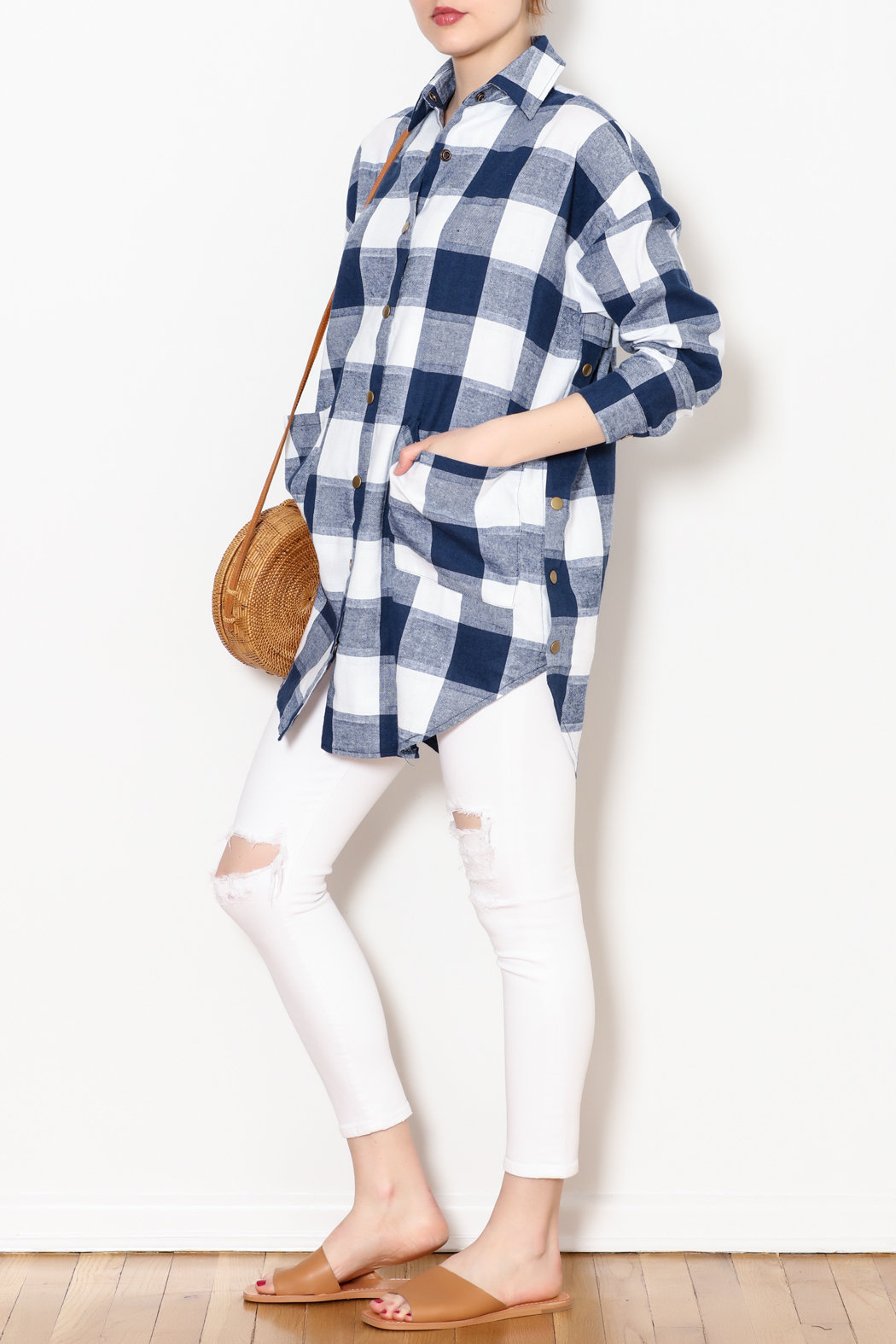 Chloah Checkered Shirt - Side Cropped Image