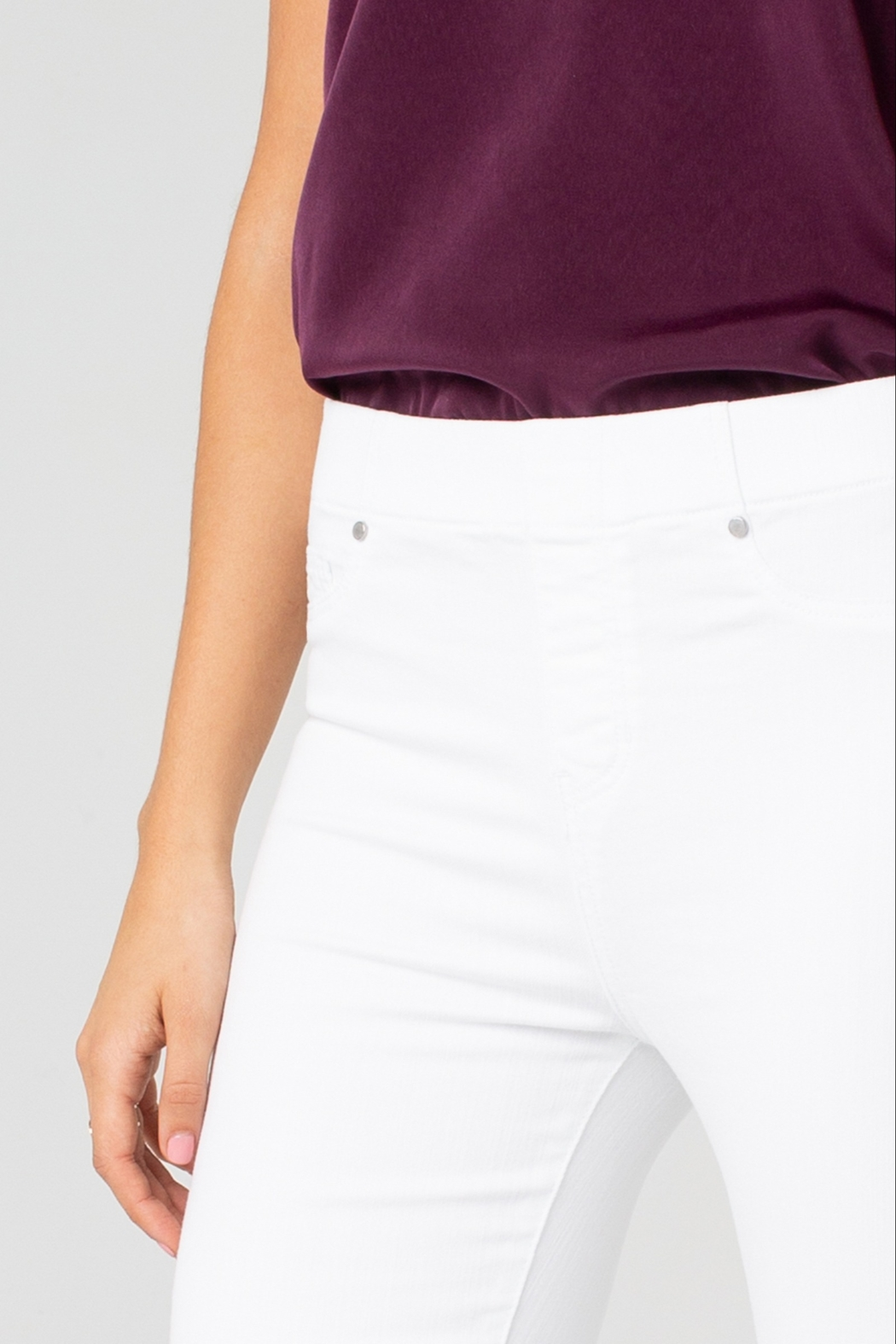 Liverpool Chloe Ankle Skinny - Side Cropped Image