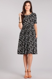 Chris & Carol Black & White Leaf Pocket Dress - Product Mini Image