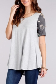 Chris & Carol Floral Sleeve Top - Product Mini Image