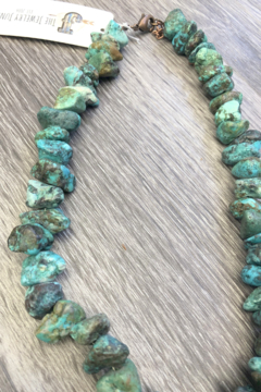Jewelry Junkie Chunky Turquoise Short Necklace - Alternate List Image